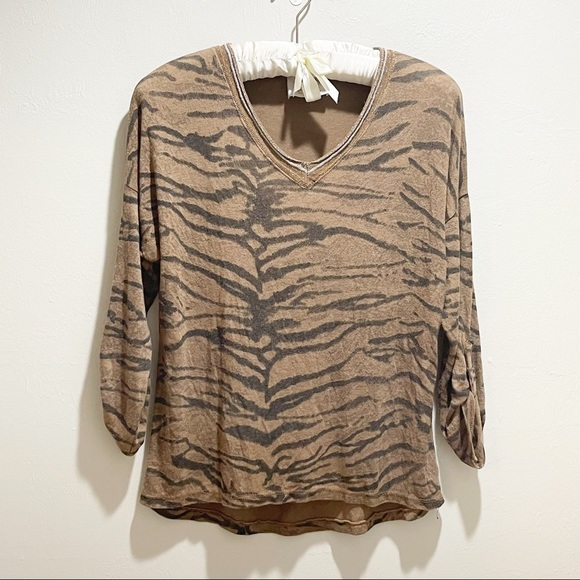 FREE FOR HUMANITY ITALY Animal Print Sweater